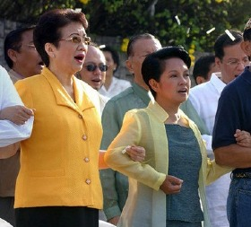 BS Aquino's mother Cory was key to the ousting of former President Joseph Estrada in 2001