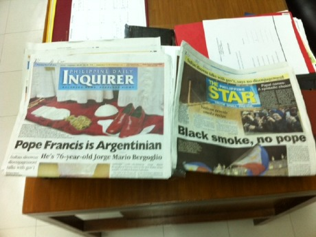 pope_francis_newspaper