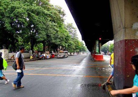 Manila's Taft Avenue at 8am Wednesday
