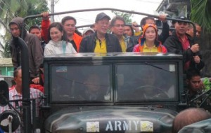 noynoy_flood_early_campaign