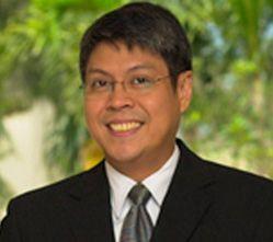 Kiko Pangilinan a.k.a. Senator Sharon 'The Megastar' Cuneta