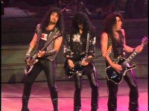 KIss rocks whether in the 70s or the 90s. With makeup or without.