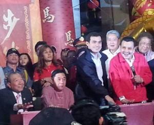 Manila Mayor Joseph Estrada and Vice Mayor Isko Moreno leading Chinese New Year Eve Festivities. (Photo from Liz Villasenor, Head of the Manila City Tourism Office)
