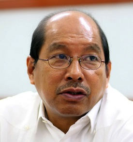 The loyal staff's boss: Budget Secretary Butch Abad