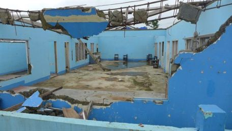 No relief in sight for students in Haiyan-devastated areas