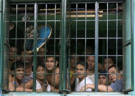 The plight of the average prison inmate in the Philippines. [Photo courtesy Manny Prieto.]