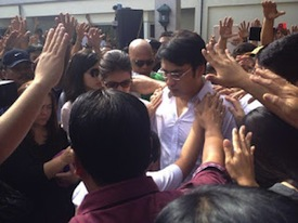 Convincing piety: Senator Bong Revilla enjoys the Filipino masses' support. [Photo source: Twitter.]