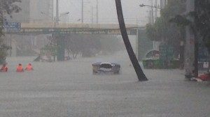 Heavily-flooded Araneta Avenue @ 1210H todaySource: Twitter.