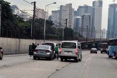 edsa_gunmen_01_sep_2014