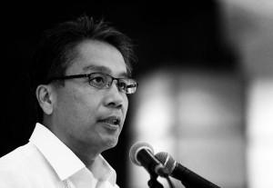 DILG Secretary Mar Roxas: The Philippine Opposition's only hope vs a Binay presidency in 2016