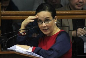 Senator Grace Poe: Her reluctance to take President BS Aquino to task is foolish.