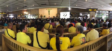 A mass at the EDSA Shrine as part of this year's celebration(Source: @tinesabillo on Twitter)