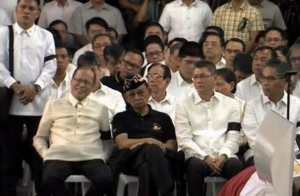 President BS Aquino joins in condoling with the families of the 44 fallen SAF troopers.