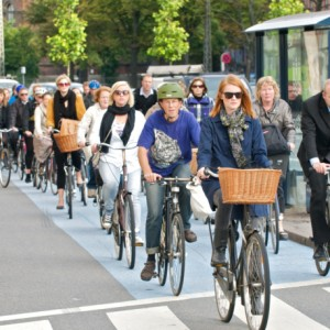 Bicycle traffic in Copenhagen: This could be a scene in Manila if there were more bike lanes.