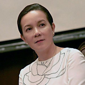 Grace Poe: Will she deliver on her over-promises? (Photo source: GMA News)