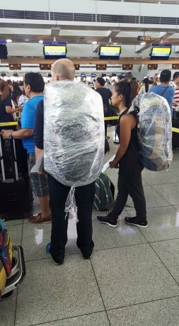 Travellers going through the Ninoy Aquino International Airport have to take extreme measures. (Source: @ilda_talk on Twitter)