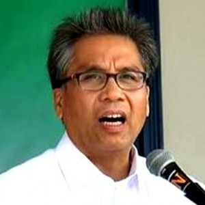 Presidential candidate Mar Roxas: Out of touch with reality in his use of 'Daang Matuwid' as cornerstone of his campaign
