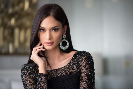 Wurtzbach: another foreign-named beauty queen who made it despite being Filipino