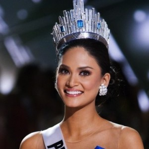 Pia Wurtzbach wants out of the Lonely Hearts Club.