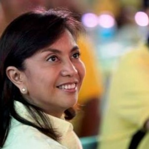 Leni Robredo should start criticizing President BS Aquino if she knows what's good for her.