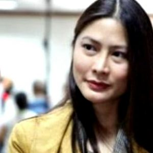 Celebrity lawyer and product endorser Karen Jimeno nowadays lends her star power to the plight of embattled Smartmatic.