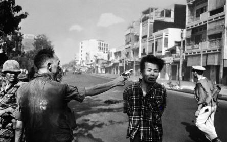 Photo of a South Vietnamese official summarily executing a Vietnamese man.